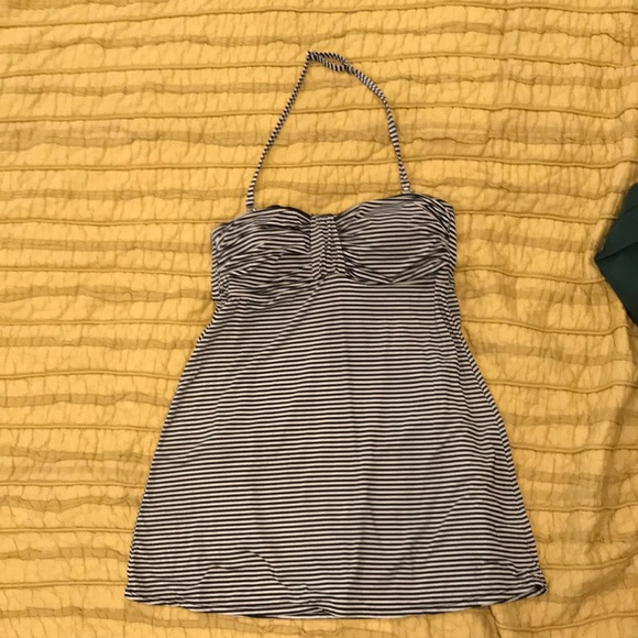 bcd042bb01ef1 Garnet Hill Other - Garnet Hill Ruched swim dress. Size 12